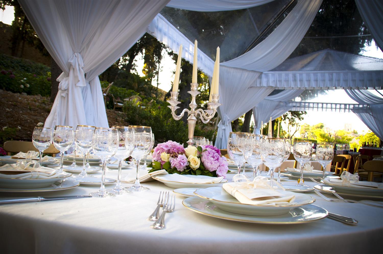 Noleggio e allestimenti per matrimoni e cerimonie c s for Addobbi piscina per matrimonio